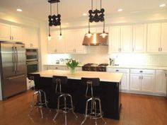 Chef's dream kitchen with upgraded appliances & charming butlers bar area with double cooler. - See more at: http://www.marilynkohn.com/search/listing.asp?mls=1152903&ListingSearchPage=1&MLSArea=1#sthash.UUf2bTkL.dpuf