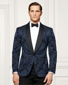 Stylish Look l Date Night Tuxedo Suit, Tuxedo Jacket, Tuxedo For Men, Mens Dinner Jacket, Dinner Suit, Dinner Jackets, Navy Tuxedos, Marvin, Wedding Tux