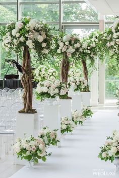 WedLuxe – Secret Garden Sophistication   photography by: One And Only Studio Follow @WedLuxe for more wedding inspiration!