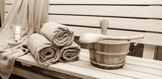 """Sauna makes you """"Feel Better"""", """"Look Better"""" and """"Sleep Better"""", but did you know that it can also make your curls look and feel better! Read here our sauna routine! Massage, Spa Hotel, Deep Conditioner, Wellness, Essential Fatty Acids, Ways To Relax, Health And Beauty Tips, Smooth Skin, Aspen"""