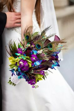 peacock and purple- Ella likes this wedding bouquet! Wedding Wishes, Our Wedding, Dream Wedding, Wedding Stuff, Wedding Photos, Purple Wedding, Wedding Colors, Peacock Wedding Flowers, Perfect Wedding