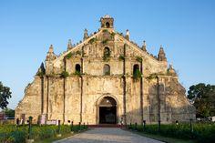 © Flickr Vision/Getty Images Iglesia Paoay, Filipinas La iglesia se encuentra en Paoay y fue construida en 1710.