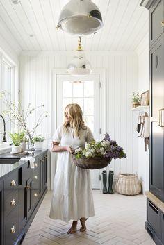 Shea McGee Talks Hosting Essentials and Dream Home Makeover   POPSUGAR Home Estudio Mcgee, Work Family, Up House, Wet Rooms, Cut Flowers, Interiores Design, My Dream Home, Design Inspiration, Home Decor