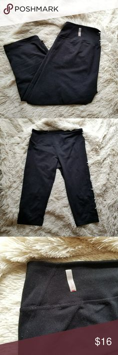 Zella cropped black leggings size small Zella cropped black leggings in good used condition. Size small. I wore them about a dozen times to barre. I have too many pairs of leggings and am trying to purge my athletic apparel drawer!   I took a lint roller to them, but as you'll see in the photos, these could use some better attention in that area! I'd say that's the only sign of wear (general accumulation of lint to fabric)  Zella leggings are my fave! These are great quality leggings! Zella…