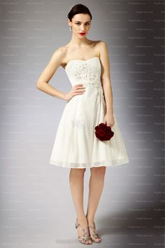 White A-line Sweetheart Chiffon Hand Made Flower Knee-length Wedding Dress at Millybridal.com