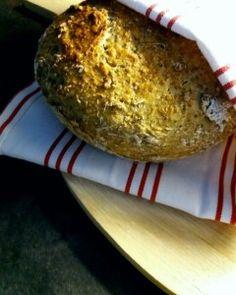 Siemeninen pataleipä Bread, Food, Essen, Breads, Baking, Buns, Yemek, Meals