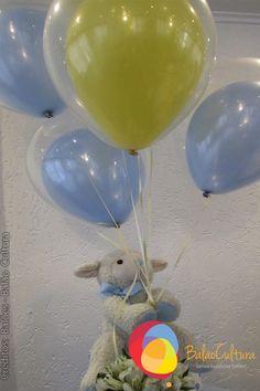 Arranjos de balões para chá de bebê.  Crédito: Balão e fotos: Balão Cultura Créditos: Balões e filme: Balão Cultura  Gostou? Contate-nos: www.balaocultura.com.br Telefones: 11 50816916 ou 11 39049892  #chadebebe #babyshower #decoraçãodeovelhinha #decoraçãodeovelha #decoraçãodeovelhanobalao #balaodecoracao #qualatex #decoraçãodiferente #decoraçãocriativa #encontraideias #mamaefesteira #balaocultura