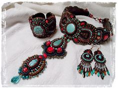 Turquose coral with bronse