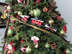 Train Christmas Tree theme