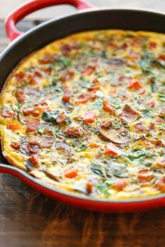 Mushroom Spinach Frittata - So quick so easy and so perfect as a quick weeknight dinner or fancy brunch - and you can make it ahead of time too! Use coconut milk and nitrate-free turkey bacon for Phase 3 (serves vegetarians just omit the bacon (serv Fast Metabolism Recipes, Fast Metabolism Diet, Spinach Frittata, Frittata Recipes, Bacon Stuffed Mushrooms, Bacon Mushroom, Mushroom Quiche, Omelettes, Quiches
