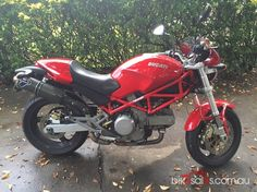 2006 Ducati Monster 400