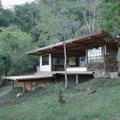 thumb Tiny House Loft, Small Tiny House, Tiny House Plans, Hillside House, House Deck, Rest House, My House, Sustainable Architecture, Architecture Design