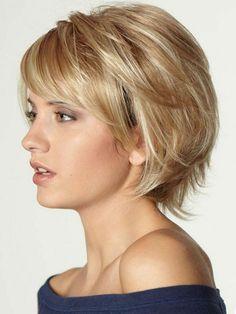 cut-woman-color short-blond-very natural-blouse-shoulder-fell-makeup-d . coupe-femme-court-couleur-blond-très-naturel-blouse-épaule-tombé-maquillage-d. cut-woman-color short-blond-very natural-blouse-shoulder-fell-makeup-to-day Short Shag Hairstyles, Short Hairstyles For Women, Cool Hairstyles, Short Haircuts, Hairstyle Ideas, Hairstyles Pictures, Haircut Short, Hairstyles 2016, Short Hair With Layers