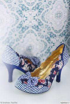 Kauneuskaapin kauneimmat kengät! Kuva: Satu Nyström