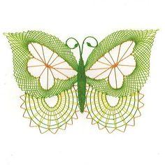 Paličkovaná dekorace - motýl / Zboží prodejce Babiččino paličkování | Fler.cz Butterflies, Bobbin Lace, Animaux, Bobbin Lace Patterns