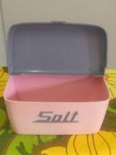 Nally Ware Salt Box Salt Box, Kitchen Canisters, Vintage Kitchen, Kitchen Jars, Kitchen Containers, Retro Kitchens, Vintage Stove