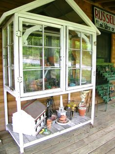 old window projects | what a great way to use old window's | craft projects