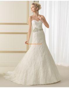 Elegante A-linie Hochzeitskleider aus Spitze mit 3/4 lange Ärmel 167 ESTRELLA | luna novias 2014