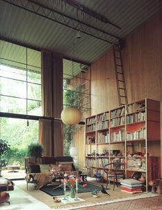 Home library. Wow! The ceilings in this house are awesome.