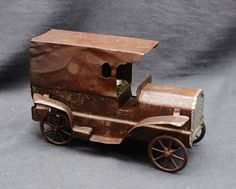 ANTIQUE DAYTON FRICTION HILLCLIMBER DELIVERY TRUCK PRESSED STEEL TOY ca.1925…