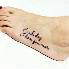#タトゥー #スキンエボリューション #女性彫師 #KONOMI #栃木県 #レタリング #足 #tattoo #lettering #foot