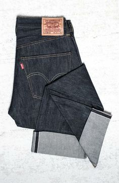 Levi's are a timeless trend | Vintage Straight Leg Jeans