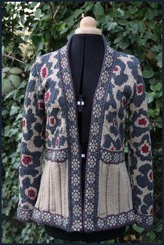 http://www.batilou.org/wp-content/uploads/2010/05/Floral-cardigan-1.jpg