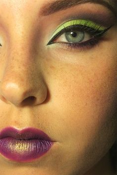 Crazy Cat-Eye!  #makeup #beauty #cosmetology