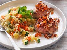 Carolina Soudah trollar i köket och resultatet blir en läcker veckomeny. Vad sägs om gyllenstekt torsk med mango, ugnsstekt kycklinglårfilé och mättande räksallad? Smal och god mat utan... God Mat, Turkey, Rice, Chicken, Food, Brown, Turkey Country, Essen, Meals