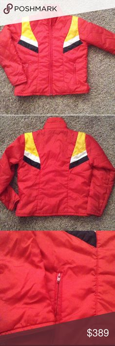 VTG FREE PEOPLE SKI COAT WINTER Jacket UNISEX 1970's VINTAGE FREE PEOPLE SKI JACKET/Coat!!  Red base with Yellow, White Black detail at front shoulder and continues to the back shoulder. Full collar, surrounds neck or you can flip down for Style. Zip up closure. Two zippered pockets on each lower side panel; close to hem.  Size Medium  Lining & Shell: 100% Nylon  Fiberfill: 100% Polyester  Made in Thailand In close to EXCELLENT VINTAGE CONDITION. 🌟 Free People Jackets & Coats Ski…