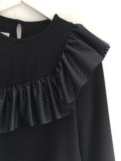 e915539e6 Las 27 mejores imágenes de Camisas y Blusas invitada boda. Fiesta ...
