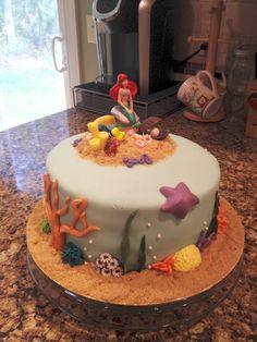 Little mermaid/Under the sea cake