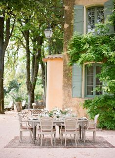 Provence Wedding Editorial at Domaine de la Baume - KT Merry Photography