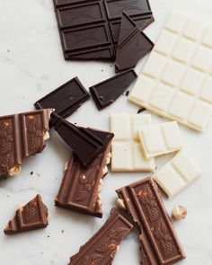 Likiery Chopin (@chopinlikiery) • Zdjęcia i filmy na Instagramie Candy, Chocolate, Instagram, Food, Essen, Chocolates, Meals, Sweets, Candy Bars