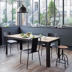 Tavolo stile industriale per sala da pranzo in massello di mango e metallo L 200 cm