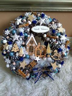 Christmas 2019, Hanukkah, Wreaths, Creative, Home Decor, Decoration Home, Door Wreaths, Room Decor, Deco Mesh Wreaths