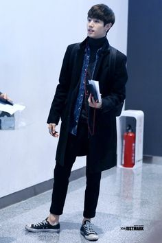 83 Best Guy's Style images in 2018 | Airport style, Bts airport