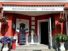 Italienisches Restaurant & Gelateria Venezia im Stadtzentrum von #Auerbach #Vogtland Garage Doors, Outdoor Decor, Home Decor, Italian Restaurants, Decoration Home, Room Decor, Home Interior Design, Carriage Doors, Home Decoration