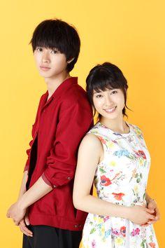 高野苺のコミックを実写化した映画『orange-オレンジ-』。10年後の自分から届いた手紙をきっかけに、大切な人の運命を変えようと奮闘する高校生の青春を描く純愛物語だ。主人公の高宮菜穂を演じるのは、土屋太鳳。そして、菜穂が思いを寄せる成瀬翔を演じるのは山崎賢人。NHK連続テレビ小説「まれ」で共演した2人の再共演も話題を呼んでいる。