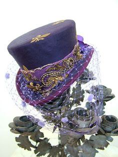 Purple Emperor Top Hat Steampunk Purple ♥ love this hat Purple Love, All Things Purple, Purple Rain, Shades Of Purple, Purple Shoes, Mode Steampunk, Steampunk Hat, Steampunk Fashion, Steampunk Costume