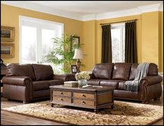Traditional Living Room Furniture Design - I love the brown leather couches and the extra storage in the coffee table. Maybe living room. Brown Couch Living Room, Living Room Colors, Living Room Paint, New Living Room, Living Room Designs, Living Room Decor, Brown And Gold Living Room, Traditional Living Room Furniture, Brown Furniture