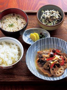 Japanese meal with deep-fried horse mackerel marinated in sweet peppery vinegar 鯵の南蛮漬け・ひじき入り白和え・エノキの味噌汁・香の物・ご飯
