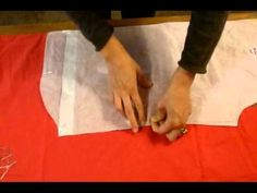 Comment bien poser le patron sur le tissu
