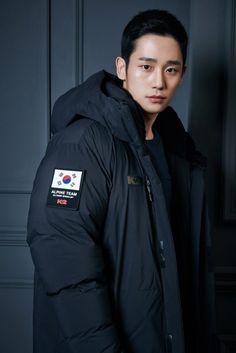 """チョン・ヘイン、アウトドアブランドの専属モデルに""""強い眼差しで魅了"""" - ENTERTAINMENT - 韓流・韓国芸能ニュースはKstyle Korean Star, Korean Men, Asian Men, Asian Boys, Cute Celebrities, Korean Celebrities, Celebs, Asian Actors, Korean Actors"""