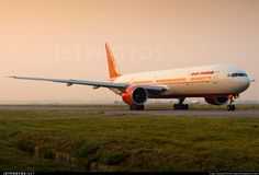 @AirIndiain Boeing 777-337ER VT-ALM Himachal Pradesh @Delhi_Airport magnificent evening colour and rich livery