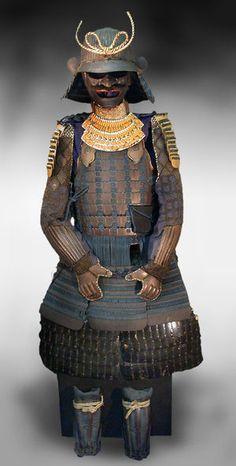 鉄錆地塗六十二間鎧 腰のあたりにポケットが付いている、機能的な鎧。