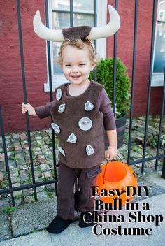 Easy DIY Halloween Costume for Toddlers: Bull In A China Shop by @merrimentdesign
