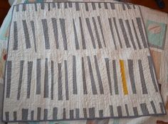 Think I already have this pinned but to hand quilt it then wash it would make it fantastic!