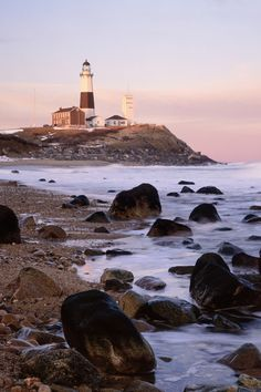 Best beach towns to visit in the fall - Montauk, New York