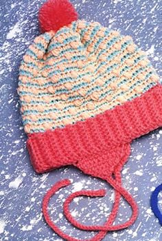 Free crochet pattern. So cute. Can I make one for every little girl I know? :)